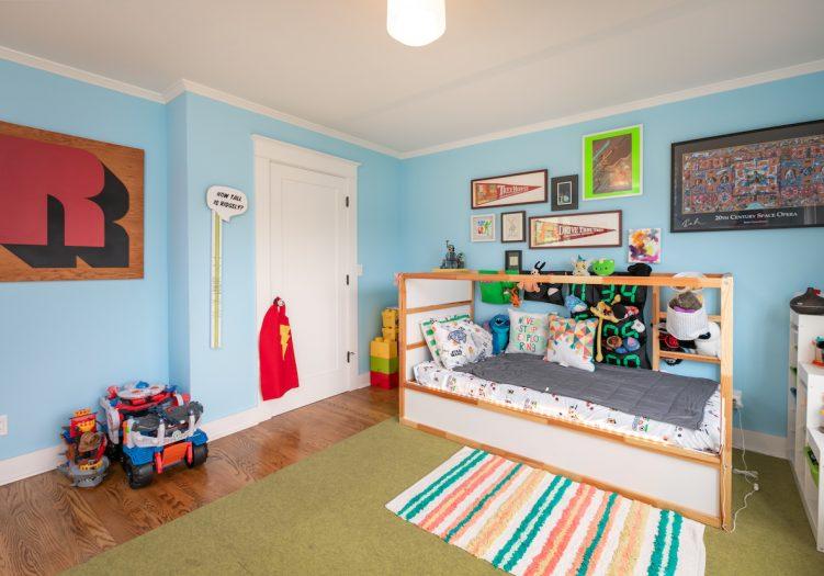 Large 4+3 Franklin School District Craftsman