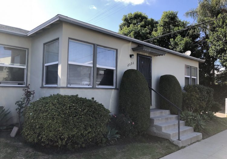 Westside Lease 1+1 close to it all…