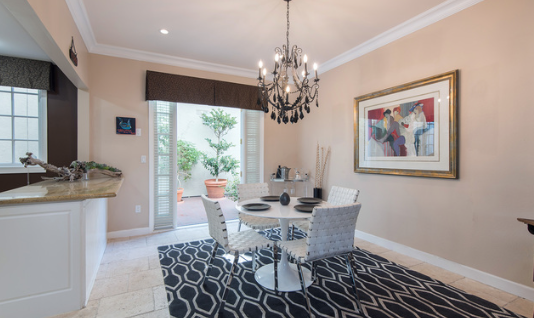 Elegant, Impeccable Townhome in prime Santa Monica