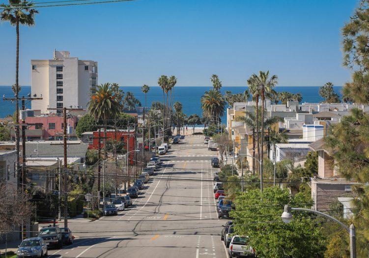 Steps to the Beach in Walkable Santa Monica