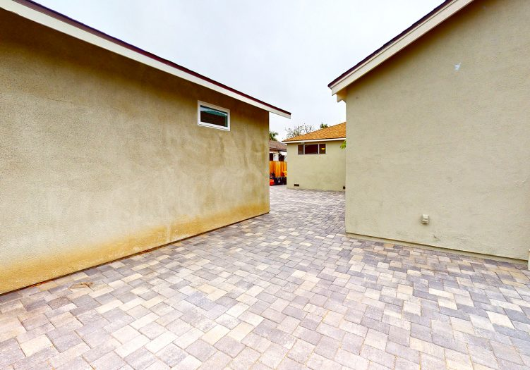 Sunkist Park Family Home Mid Block close to park